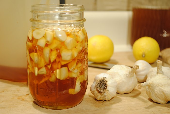 Rezultate imazhesh për garlic and lemon blood