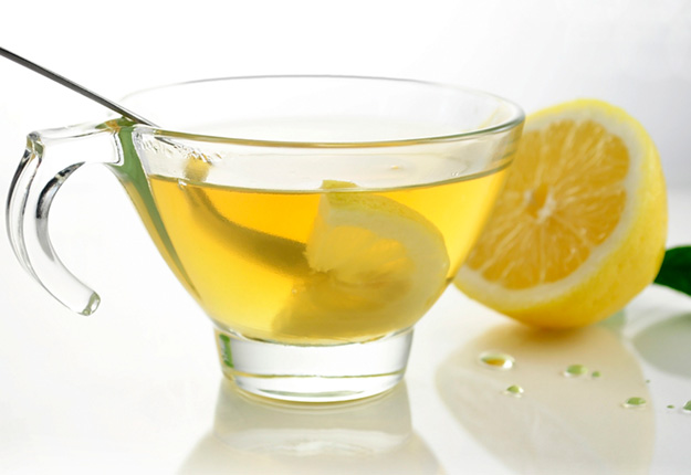 Why Should You Drink Hot Lemon Water In The Morning