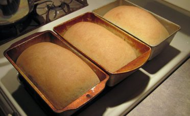 homemade-bread-recipes-youll-never-buy-bread