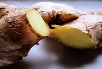 make-ginger-water-treat-migraines-heart-burn-joint-muscle-pain